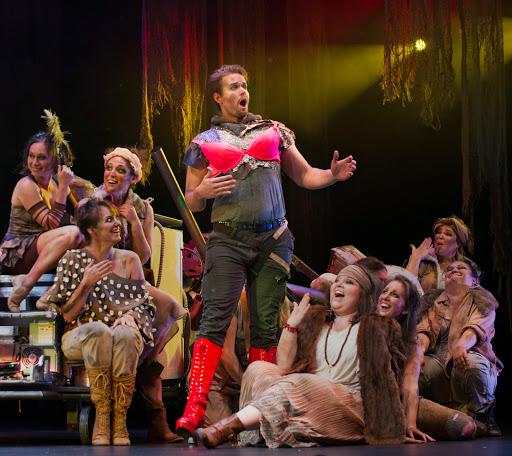 """Gabriel Preisser leads the cast of """"Les Mamelles de Tirésias."""""""