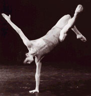 Nederlands Dans Theater – Claude Pascal, Last Touch, Symphony of Psalms