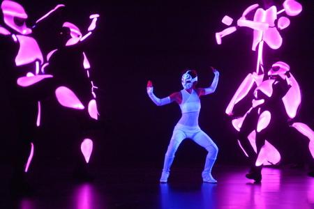 Yoshimi Battles the Pink Robots, La Jolla