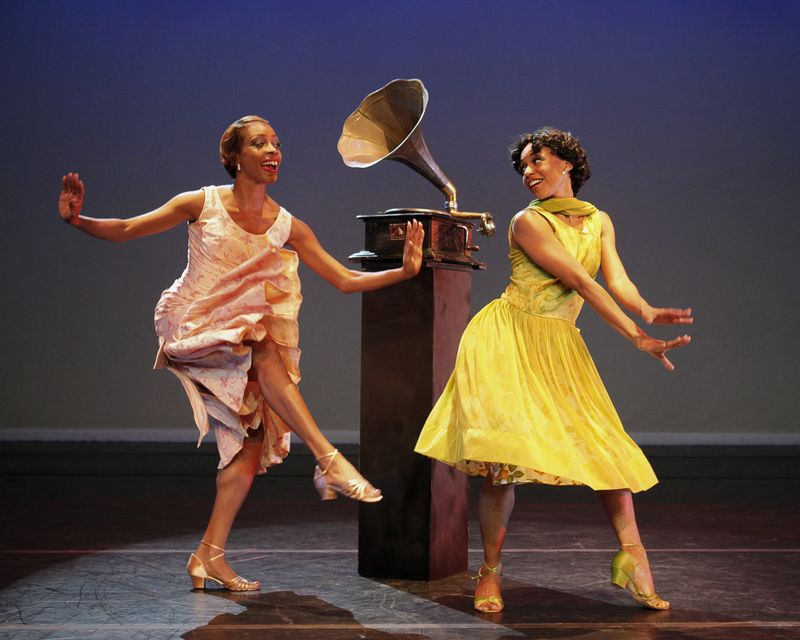 Alvin Ailey American Dance Theater (on tour)