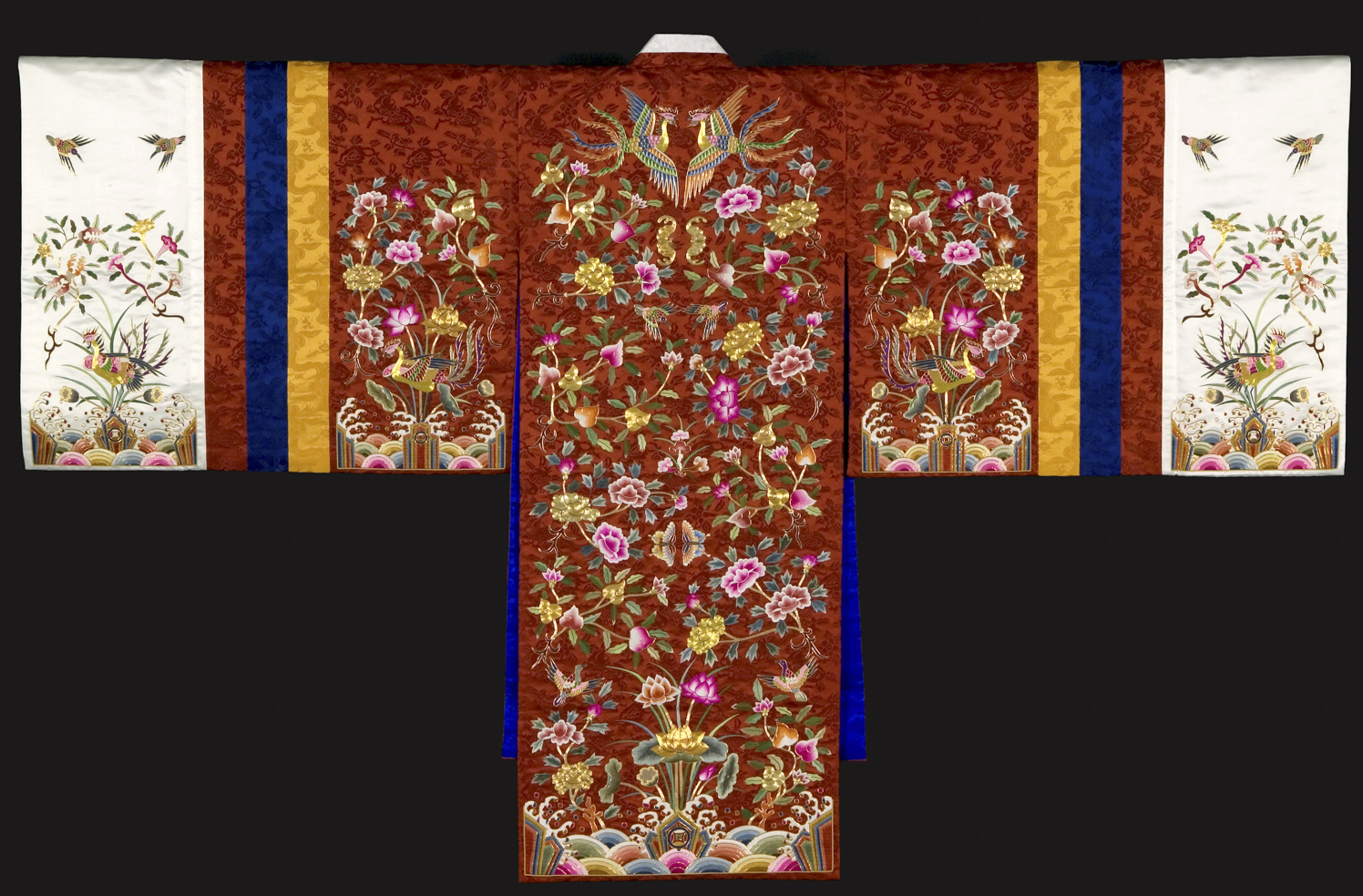 Bridal robe, 2002, by Han Sang-soo (Korean, b. 1934). Silk embroidered with silk and goldthread.  Courtesy of Asian Art Museum of San Francisco, Acquisition made possible by David andMargo Buchanan, 2005.65.a-.b. © Han Sang-soo. Photograph © Asian Art Museum of San Francisco.