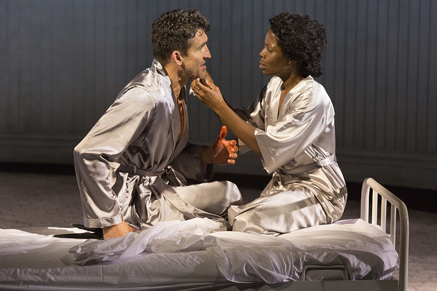 Jonathan Cake as Macbeth and Marsha Stephanie Blake stars as Lady Macbeth. Photo by Jim Cox.