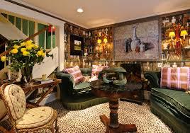 1350-jones-sitting-room