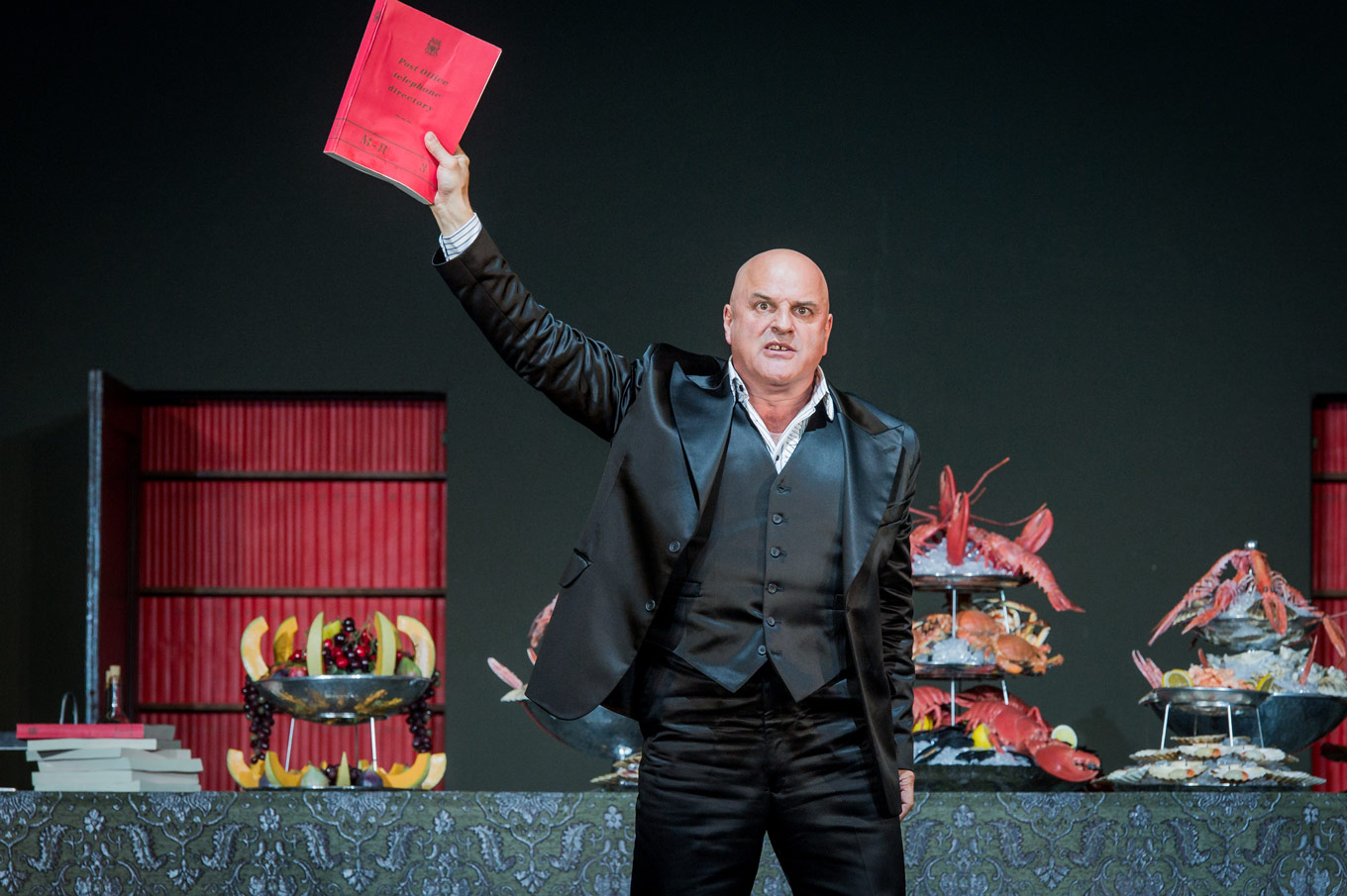 Christopher Purves in Don Giovanni. Photo: Robert Workman.