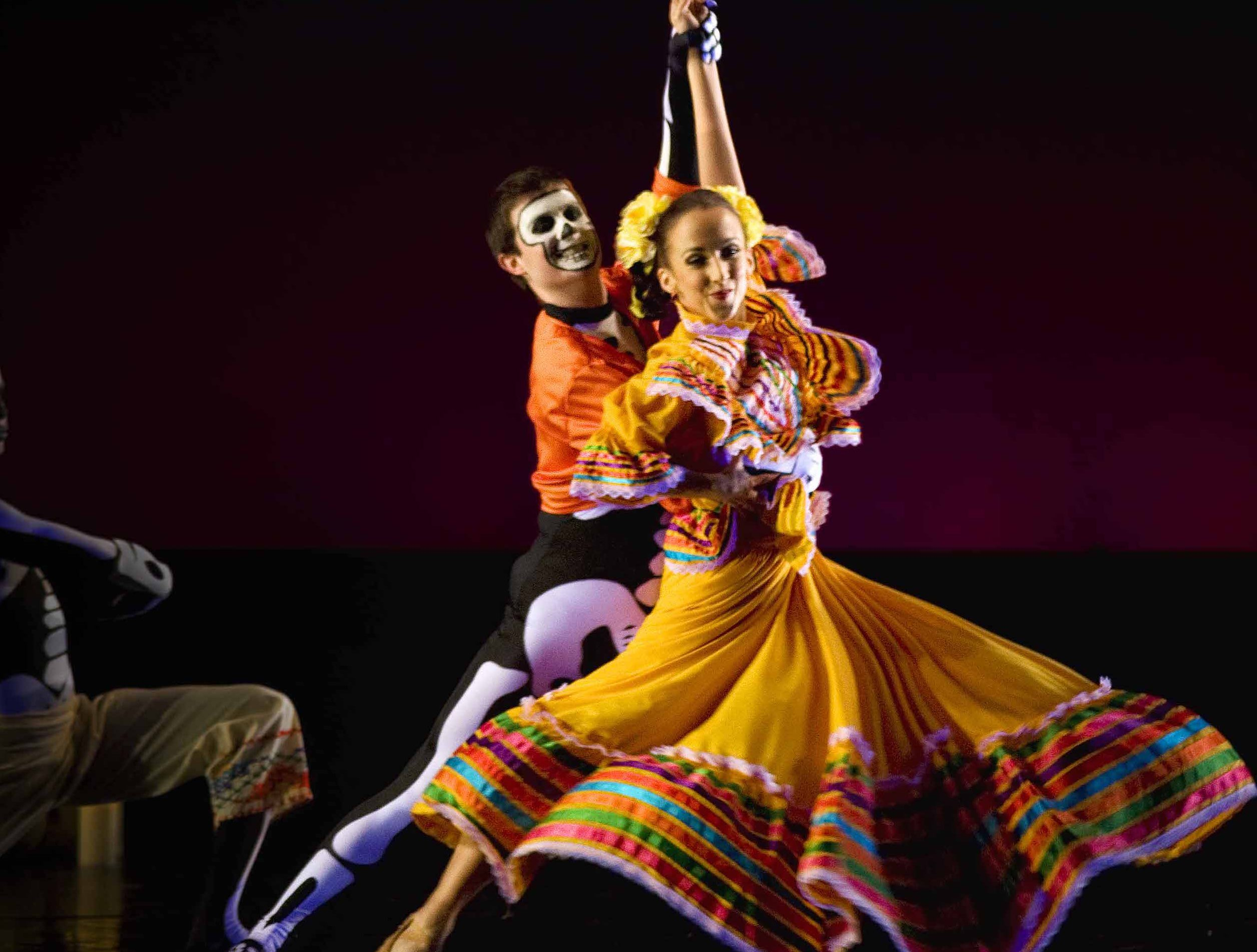 """Oakland Ballet Company in """"Luna Mexicana"""" Choreography by Graham Lustig Photo by Ron Lessard"""