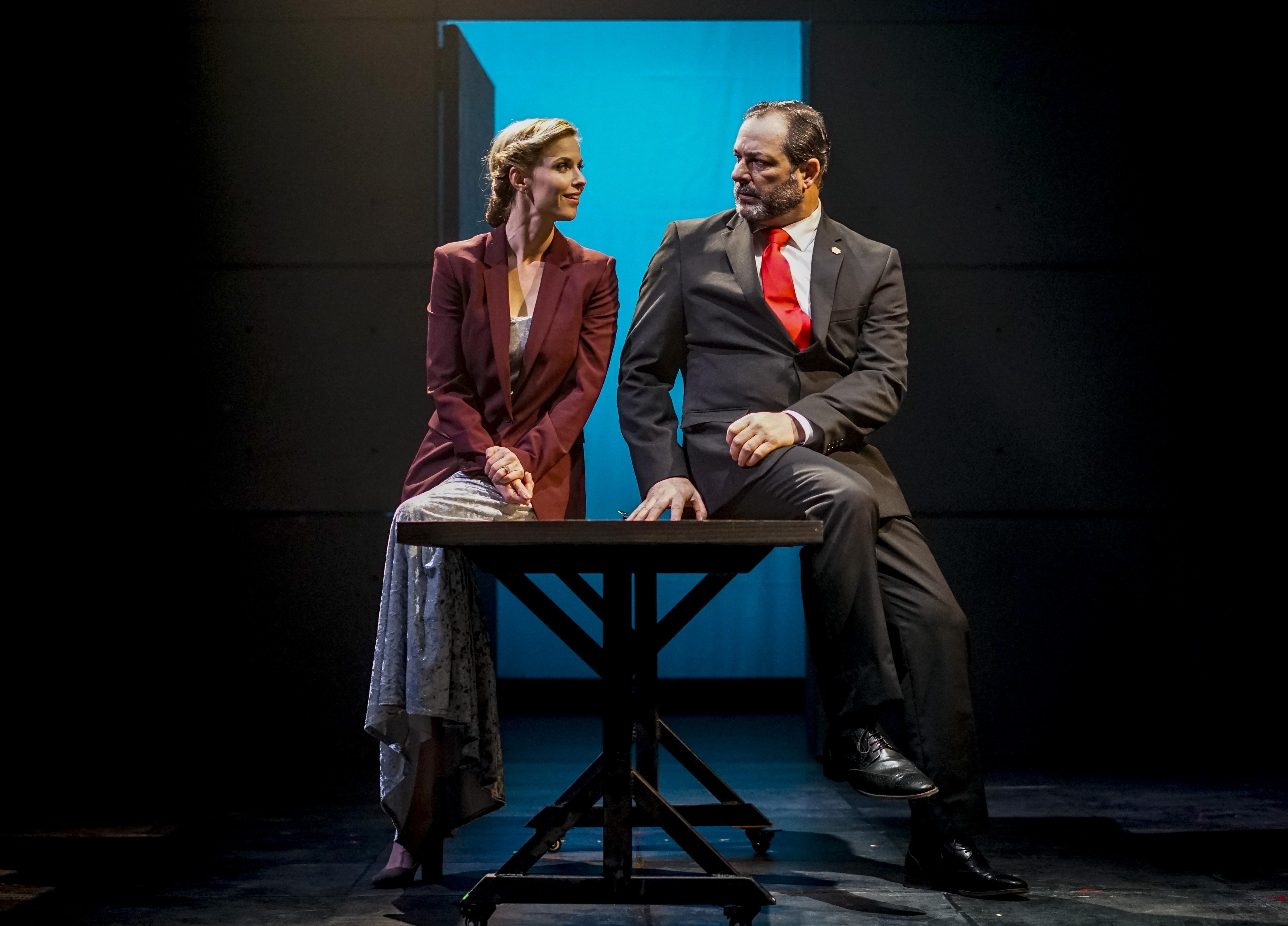 Allison Spratt Pearce (Kate) and Manny Fernandes (Henry). Photo by Darren Scott.