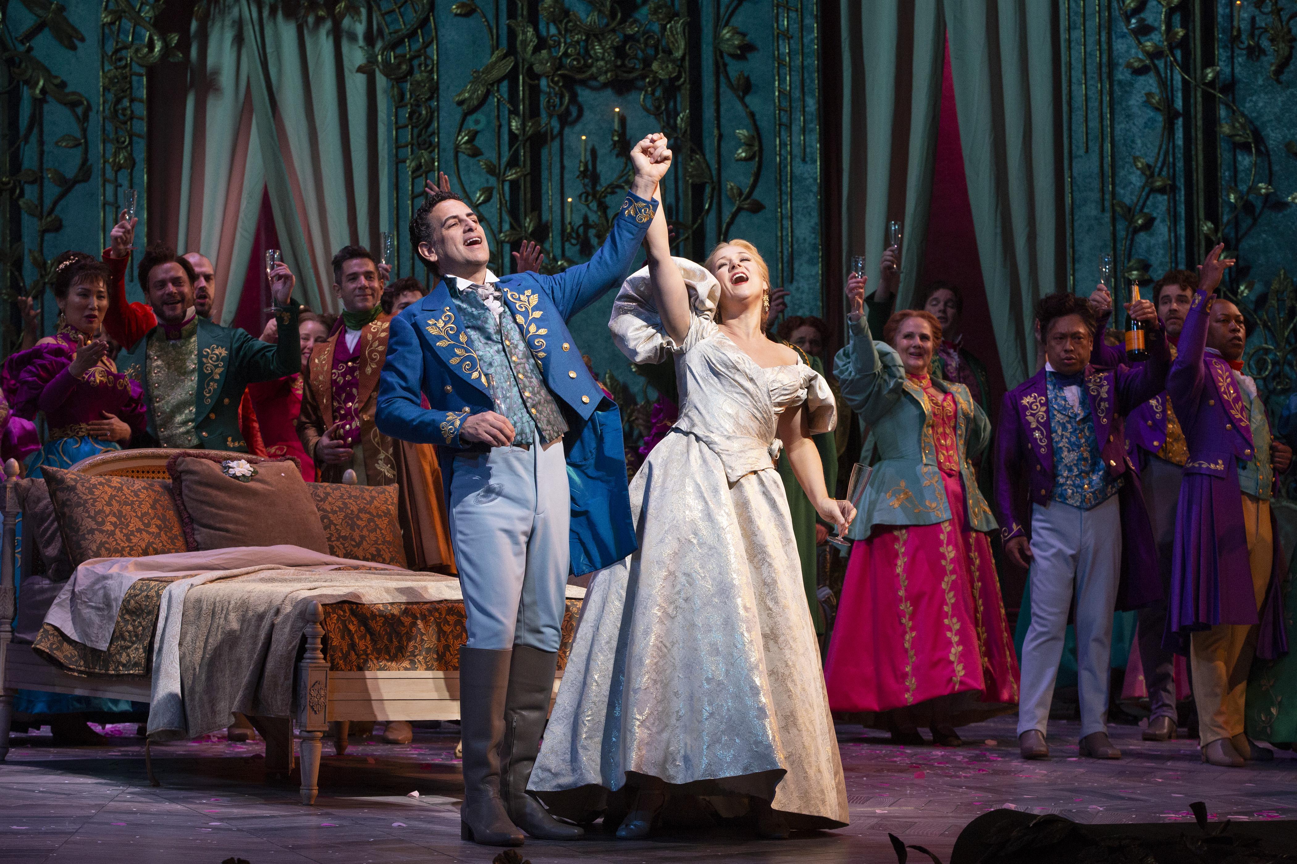 Juan Diego Flórez as Alfredo and Diana Damrau as Violetta . Photo: Marty Sohl / Met Opera.