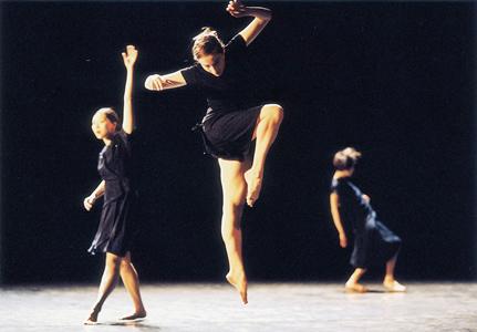 Batsheva 2006 Review