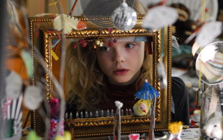 Phoebe in Wonderland (2009):  culturevulture.net – culturevulture film review